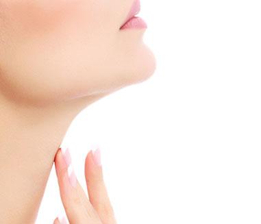 Bellevue Facelift - plastic surgeon model neck